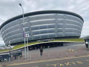 চুম্বন ~Glasgow, Scotland...July 16, 2019 (SSE Hydro)