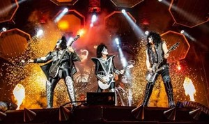 Kiss ~Hershey, Pennsylvania...August 21, 2019 (Hersheypark Stadium)