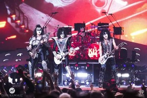 kiss ~Montreal, Canada...August 16, 2019 (Bell Centre)
