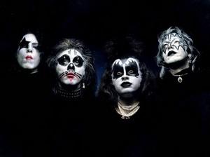 KISS (NYC) December 1973