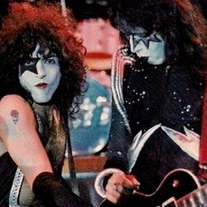 KISS Alive! Foto shoot (1975)