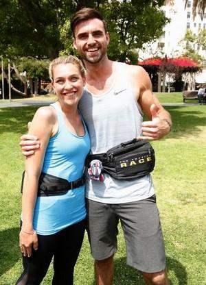 লন্ডন Kaye and Logan Bauer (The Amazing Race 29)