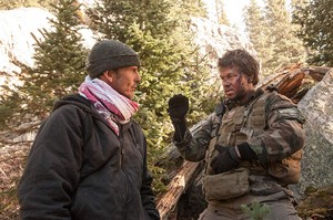 Lone Survivor (2013) Behind the Scenes - Peter Berg and Mark Wahlberg