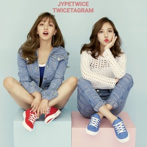 MIna and Jihyo