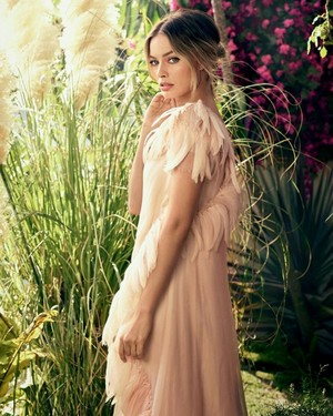 Margot Robbie ~ Glamour Russia ~ August 2019