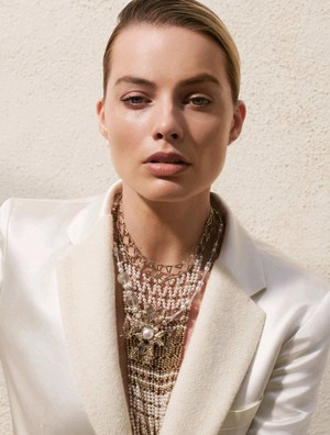 Margot Robbie ~ Madame Figaro ~ September 2019