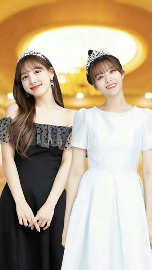 Nayeon and Jeongyeon