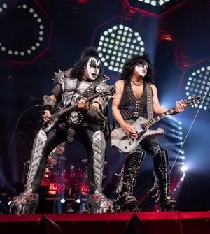 Paul and Gene ~Little Rock, Arkansas...September 5, 2019 (Verizon Arena)