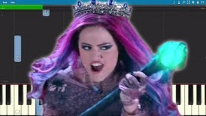 reyna of Mean descendants 3
