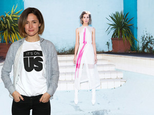 ROSE BYRNE ITS ON US MEL JADE FROM SAME COUNTRY AUSTRALIAN