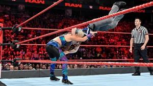 Raw 7/8/19 ~ Nikki menyeberang, cross vs Dana Brooke