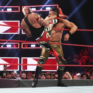 Raw 8/12/19 ~ Andrade vs Rey Mysterio (2 out of 3 falls count)