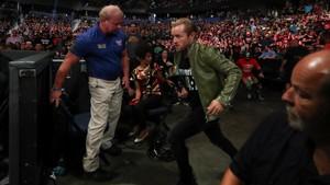 Raw Reunion 7/22/19 ~ Bray Wyatt attacks Mick Foley