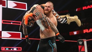 Raw Reunion 7/22/19 ~ Rey Mysterio vs Sami Zayn
