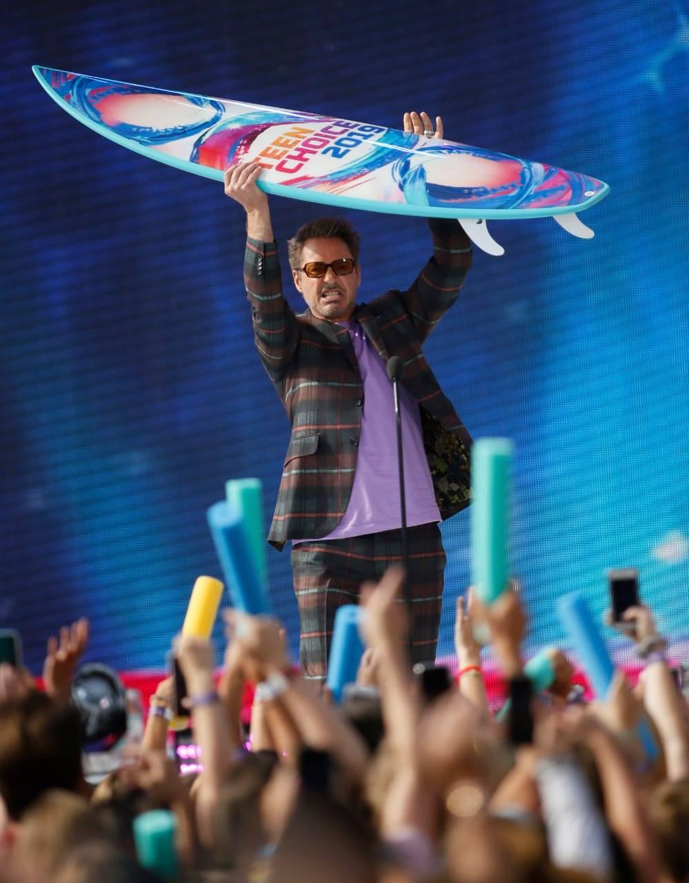 Robert Downey Jr. wins 'Choice Action Movie Actor' - Teen Choice Awards 2019
