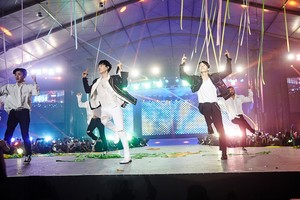 SUPER JUNIOR in Saudi Arabia 'SUPER hiển thị 7S