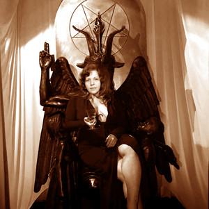 Satanic Ilariaia