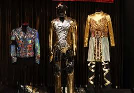 Stage Costumes Worn por Michael Jackson