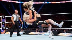 SummerSlam 2019 ~ Charlotte Flair vs Trish Stratus