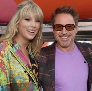 Taylor Swift/Robert Downey Jr.❤️💋