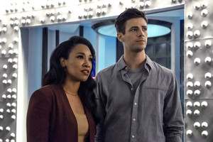 "The Flash 6.01 ""Into the Void"" Promotional Bilder ⚡️"