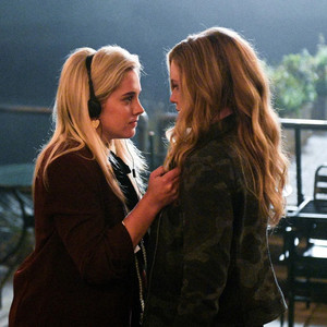 The InBetween 1x09 The Devil's Refugee - Promotional Photos