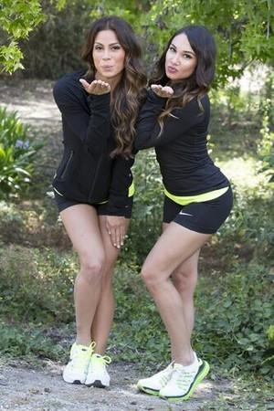 Tiffany Torres and Krista DeBono (The Amazing Race 27)