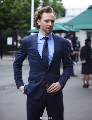 Tom Hiddleston attends Men's Final día at the Wimbledon 2019 on July 14 (London, England)