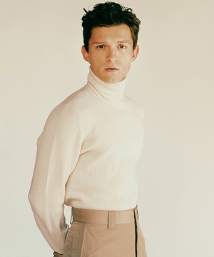 Tom Holland oleh Fanny Latour-Lambert for GQ 2019