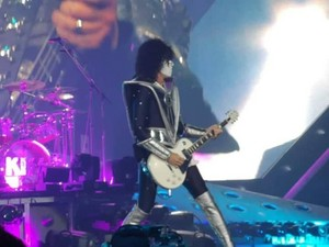 Tommy ~Manchester, England...June 12, 2019 (Manchester Arena)