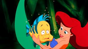 Walt 迪士尼 Screencaps – 比目鱼 & Princess Ariel