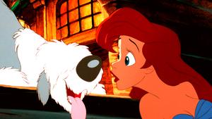 Walt 迪士尼 Screencaps – Max & Princess Ariel