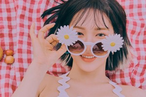 Wendy rocks short hair in teaser 图片 for 'The ReVe Festival: 日 2'