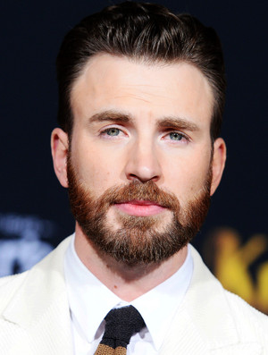 "Chris Evans attends the premiere of ""Knives Out"" at Regency Village Theatre on November 14 2019"