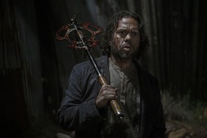 10x04 ~ Silence the Whisperers ~ Luke