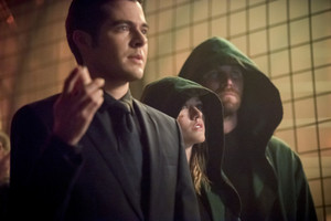 "Arrow 8x05 - ""Prochnost"" promotional stills"