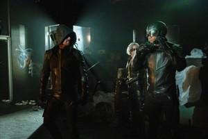 Arrow - Episode 8.01 - étourneau, étourneau sansonnet City - Promo Pics