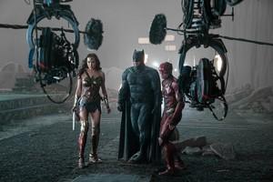 Ben Affleck behind the scenes of Justice League