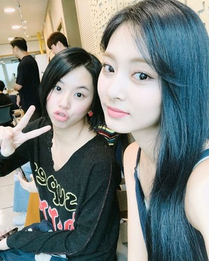 Chaeyoung and Tzuyu