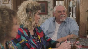 Cheers Cast on The Goldbergs -  Kirstie Alley and John Ratzenberger