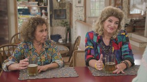 Cheers Cast on The Goldbergs - Rhea Perlman and Kirstie Alley