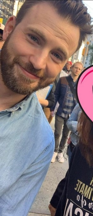 """Chris Evans Filming """"Billy on the Street"""" in New York (October 24, 2019)"""