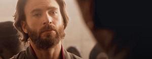 Chris Evans as Ari Levinson in The Red Sea Diving Resort