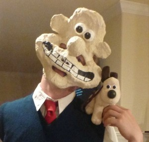 Creepy Wallace Costume