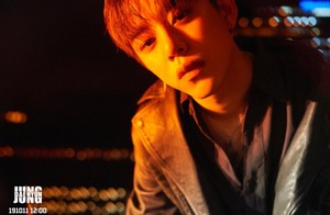 Daehyun teaser picha for single 'Aight'