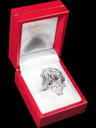 Elizabeth Taylor's Cartier Diamond Ring
