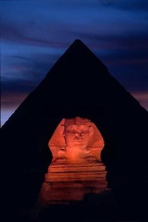 GIZA EGYPT EVENING NIGHT