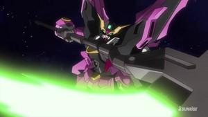Gundam amor Phantom