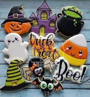 Halloween cookies🍪🔪🎃🧡