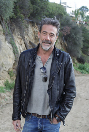 Jeffrey Dean morgan - New York Moves Photoshoot - 2015